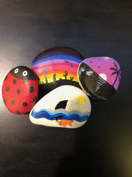 pebble-painting-hospitality-hotel-activities